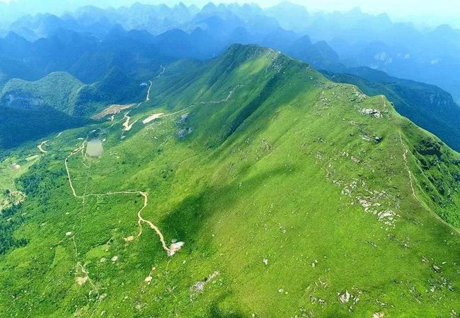 五五户外清远莫六公山 穿越千年古道 行走阳山屋脊