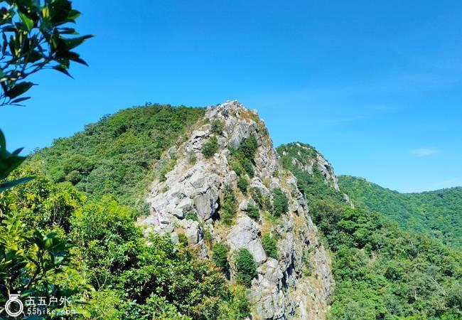 五五户外【深圳险峰】排牙山穿越一线天刷牙,领略180°无敌海景