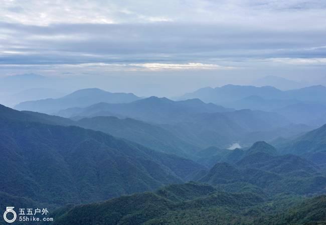 五五户外粤北第一峰黄牛石 广东三大险峰之一
